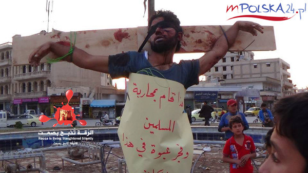 isis-crucified-people-in-syria-yesterday-article-body-image-1398880294